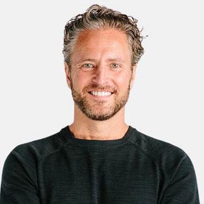 Stefan Olander Headshot