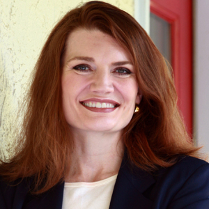 Jeannette Walls Headshot